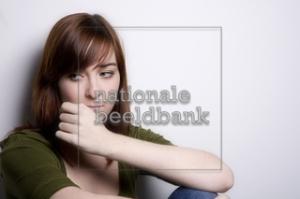 nationalebeeldbank_2008-2-152124-2_nadenken